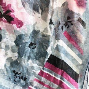 D&Y Accessories - NWT D&Y Colorful Scarf